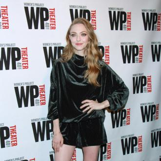 Amanda Seyfried is staying-home expert
