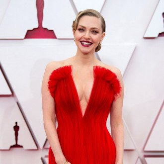 Amanda Seyfried wanted bold colour on Oscars red carpet