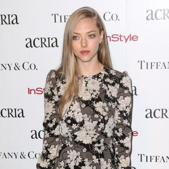 Amanda Seyfried Wants Private Wedding