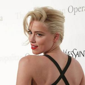 Amber Heard Gushes About Single Johnny Depp