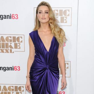 Amber Heard's flirty dinner date