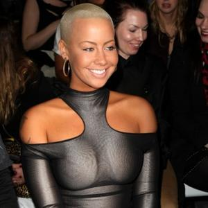 Amber Rose 'Still Loves' Kanye West
