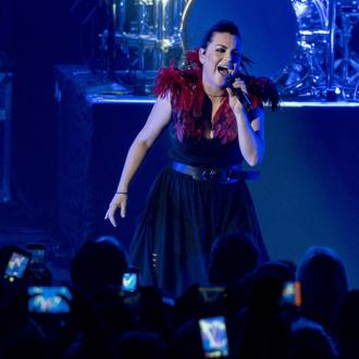 Amy Lee hates awards shows