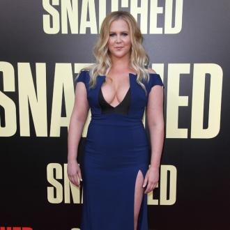 Amy Schumer doesn't like eating healthy