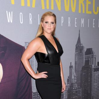 Amy Schumer Reveals Her Peer Pressure Woes