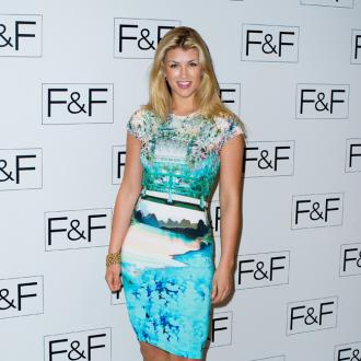Amy Willerton Undergoes Fat-freezing Treatment