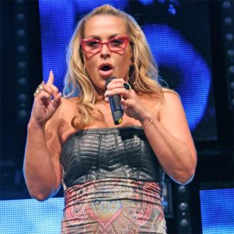 Anastacia slams Kim Kardashian and Kanye West