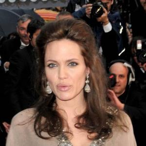 Angelina Jolie Has True Love With Brad