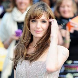 Bosnia-bound Angelina Jolie