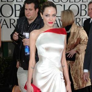 Angelina Jolie Invites Ex-husbands To Wedding