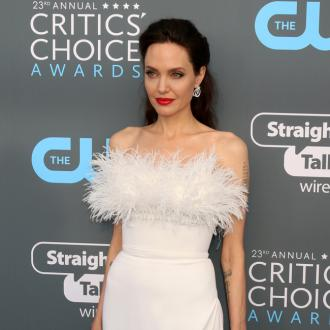 Angelina Jolie calls for support for women