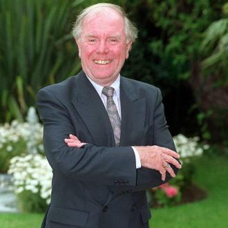 Angus Lennie has died aged 84