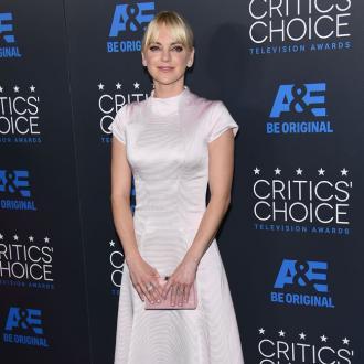 Anna Faris praises Jimmy Kimmel