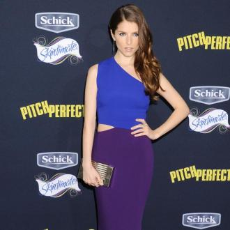 Anna Kendrick gives friend diamond wedding day