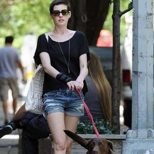 Anne Hathaway Surprised To Play Catwoman