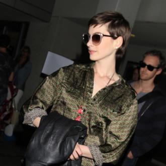 Anne Hathaway Gets Calf As Wedding Present