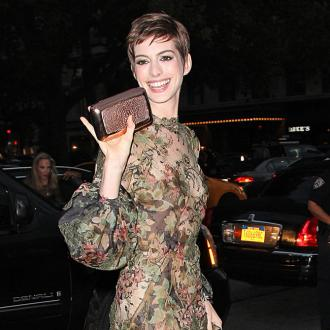Anne Hathaway Joins Romantic Comedy Low Self-esteem