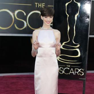 Anne Hathaway's 'Freaked Out' Over Oscars Dress