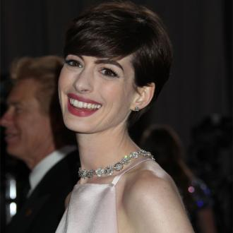 Anne Hathaway's Husband Thought Her Nipples Looked 'Pointy' At Oscars 2013