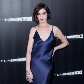 Anne Hathaway Believes Aliens Exist