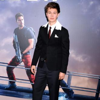 Ansel Elgort only works out to 'keep up' with Violetta Komyshan