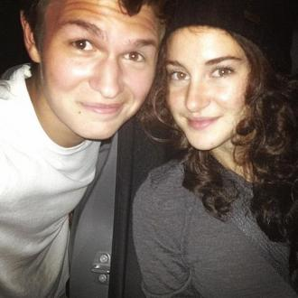 Shailene Woodley Goes Incognito At Fault Is In Our Stars Screening