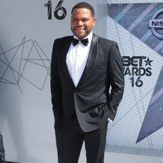 Anthony Anderson wants to wear a 'tuxedo robe' during Emmys