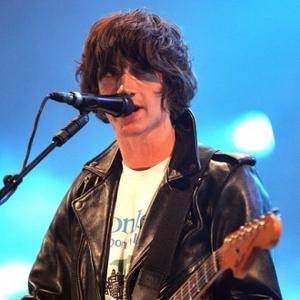 Arctic Monkeys Storm Itunes Festival
