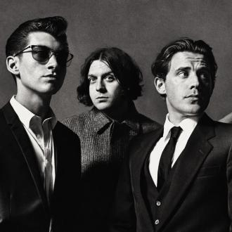 Arctic Monkeys Win 02 Silver Clef Award