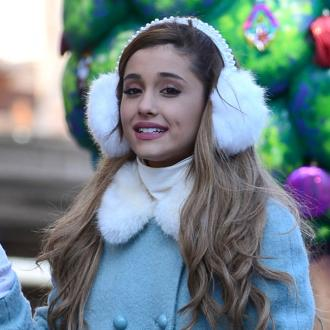 Ariana Grande Leads Thanksgiving Day Parade