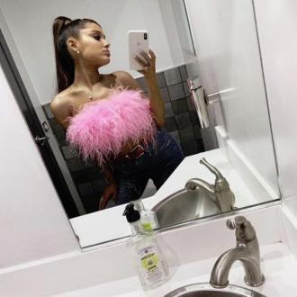 Ariana Grande Replaces Engagement Ring With Friendship Bling