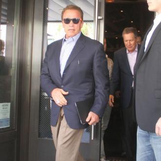 Arnold Schwarzenegger for Predator sequel?