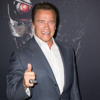 Arnold Schwarzenegger helps first responders