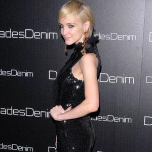 Ashlee Simpson Dating Vincent Piazza?