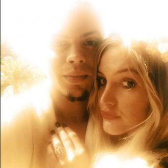 Evan Ross wants to elope with Ashlee Simpson