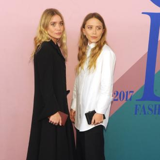 Mary-kate And Ashley Olsen's Sisterly Bond