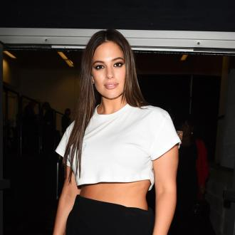 Ashley Graham gave her stool to her personal assistant