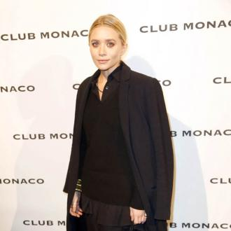 Ashley Olsen dating older man George Condo?