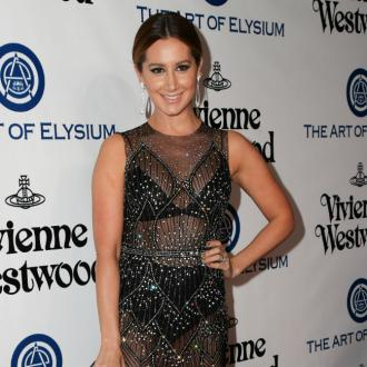 Ashley Tisdale shares self-quarantine makeup routine