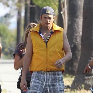 Ashton Kutcher Could Live In Trailer