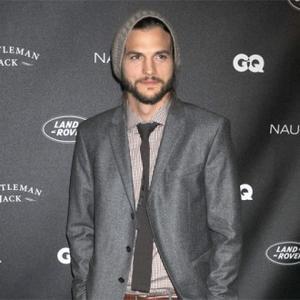 Ashton Kutcher's Lover Says She's Blameless In Divorce