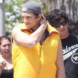 Ashton Kutcher 'Swarmed By Girls'
