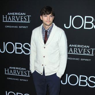 Ashton Kutcher Thinks One Night Stands Are 'Gross'