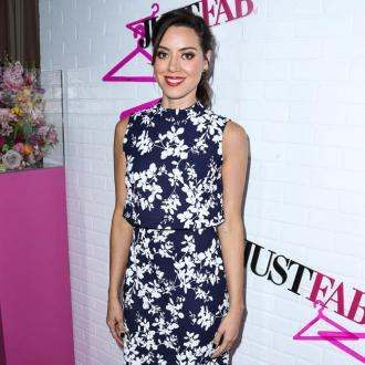 Aubrey Plaza has 'self control' over social media