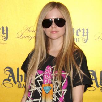 Avril Lavigne Planning 'Spectacular' Wedding To Chad