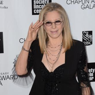 Barbra Streisand 'doesn't enjoy' performing live