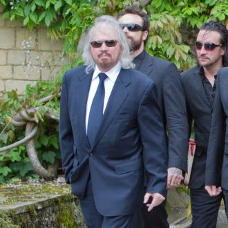 Barry Gibb to perform with late brother Robin