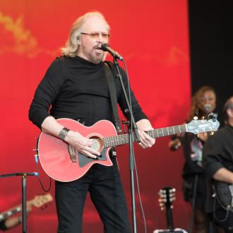 Barry Gibb's brothers still with him on stage