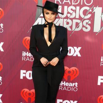 Bebe Rexha can't wait to hang with Priyanka Chopra on Jonas Brothers tour