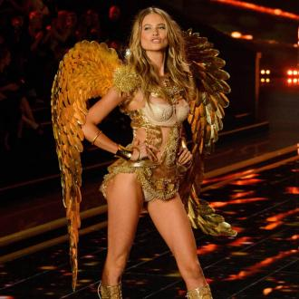 Behati Prinsloo: Victoria's Secret show felt like hockey trip